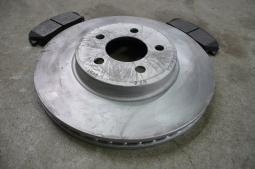 Chrysler 300 3,5 - Bremsscheiben vorne  (kompl. Satz inkl. Beläge)